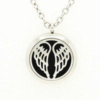 Wholesale Trendy Round Silver Angel Wings Aromatherapy Essential Oils Diffuser Locket Necklace Pendant L Stainless Steel Jewelry With Free Pad