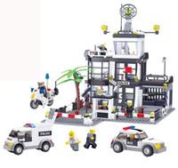 al por mayor desempeñar sistema del muchacho-Delo juguetes Plástico bloques de construcción de juguetes de auto-ensamblaje para niños estación de policía juego set regalo de cumpleaños niño sin caja de paquete JJ000002