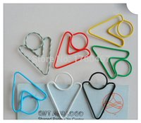 arrow paper clips - 200Pcs Big Arrow Shape Paper Clips Creative Bookmarks Memo Clip Stationery for Office School Home Use Xmas Gift