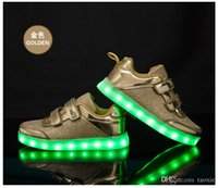 Wholesale Sneakers Gold Silver Pink Children Shoes Light Up Shoes Kid Led Light Up Shoes Double Hook and Loop Closure USB Cable Charging Glowing