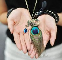 Wholesale Charms Statement Necklaces Boho Retro Peacock Feathers Pendant Necklace For Women Jewelry Accessory