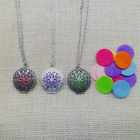 antique vintage lockets - New With Pads Round Antique Silver Aromatherapy Pendants Perfume Essential Oil Diffuser Locket Necklace Classic Vintage Diffuse Necklace