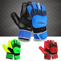 artificial palms - 2016 New Adult male Genuine H Back PU Soccer Goalkeeper Gloves Men s gloves with finger guard Slip resistant Professional Latex palm