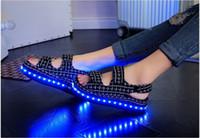 Wholesale Hot Summer New light shoes women shoes cool LED lights shine platform sandals