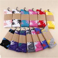 Wholesale 26 Colors Hot High Crew Socks Skateboard hiphop socks Leaf Maple Leaves Stockings Cotton Unisex Plantlife Socks