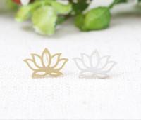 Wholesale Fashion hollow out lotus stud earrings beautiful girl s stud earrings