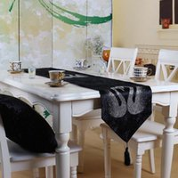 Wholesale new European luxury high grade velvet swan hot drill table flag Mensal adornment table flag The tablecloth custom