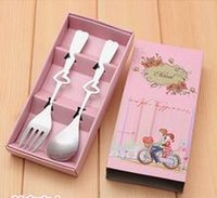 Wholesale creative wedding favors heart shape couple cutlery spork small pink gift box promotions gift