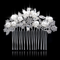 Wholesale 2016 New Arrival Tiara Austrian Crystal Flower simulated Pearl Bridal Hair Combs Hair Accessories Wedding Decoration DHF740
