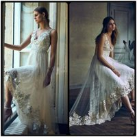 asymmetrical wedding dresses - 2017 Romantic High Low Lace Wedding Dresses with Appliques Wind Straps Sleeveless V Neck A Line Bohemia Bridal Gowns