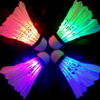 Wholesale Pack Of Colorful LED Badminton Shuttlecock Birdies Lighting Dark Night Glow Flashlight Lighting Sports Activities Great Price E589E