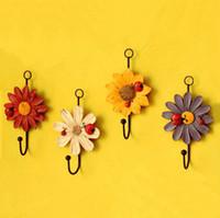 Wholesale Closet coat and hat hanging hooks Ladybug and Daisy flowe resin wall hook art decorative flowers