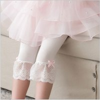 Cheap 2016 Children New Arrival Fashion Korean Style Charming Lace Leggings with Little Bow Baby Girls Summer Comfortable Girls Cotton Leggings