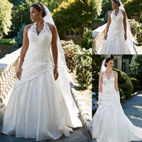 A-Line Reference Images 2015 Spring Summer Casual Wedding Dresses 2016 Lace Halter Neck Backless White Satin Appliques Bridal Gowns Plus Size Pleats Dress For Fat Brides