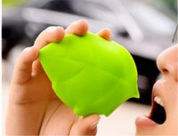 Wholesale Hot Outdoor Portable Folding Cup Creative Silicone Leaves Green Maple Leaf Models Carry Cups Travel Supplies