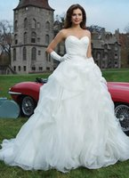 ball gown dresses with gloves - 2016 Hot Elegant White Puffy Ball Gown Wedding dresses Sexy dress With glove Sweetheart Backless Sweep Train Birdal Gowns Custom