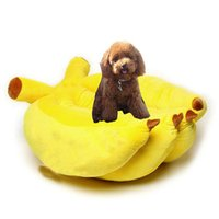 Wholesale Unique Banana Bed For All Puppy Pets Warmly Cotton Wool Material Pet Cushion Bright Dog Mat Cat Mat Perfect Dogs Kennel Blanket