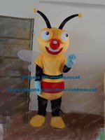 bee nice - Nice Yellow Bee Honeybee Wasp Hornet Butterfly Mascot Costume Cartoon Character Mascotte Adult White Wings Blue Hands ZZ1497 FS