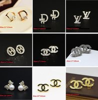 alphabet letters free - 2016 New Lady Fashion Letters With Crystal Stud Earring Zircon Earrings Pearl Butterfly Crystal Stud Earrings