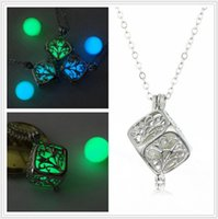 Wholesale Steampunk Pretty Magic Round Fairy Locket Glow In The Dark Pendant Necklace Gift Glowing Luminous Vintage Necklaces