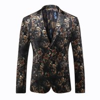 ancient clothes - Europe and the United States men s clothing in the autumn of The new winter Long sleeve printed velvet jackets restoring ancient ways