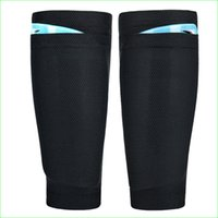 Wholesale Typical Black Mesh Polyester Pro Football Shin Guard Insert Socks Men Soccer Pad Lock Without Logo