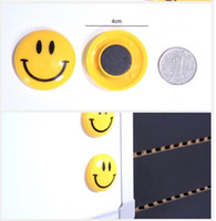 Wholesale Laugh Magnet button set of Dia cm yellow color per card smile magnet buttom stationery magnet