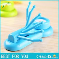 Wholesale New hot Creative rotating hook Seamless powerful vacuum suction cup hook claw colorful practical