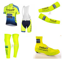arm clothing - 2015 Tinkoff Saxo Cycling Jerseys Set Short Sleeve Bib Padded Pants bicycle Clothing Four Pieces Set Arm Leg Shoes Cover Fluo Yellow Green