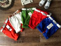 Pantalon court d'été Prix-Nouveaux été coréenne bonbons Garçons Shorts Enfants Shorts trous pour enfants pantalons usure 5 couleur de la LH20 bébé Pantalons bébé garçon Vêtements garçon