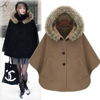 Wholesale European Fashion Women Winter Capes Hooded Single Breasted A Line Poncho Coats Navy Wool Blend Overcoat With Fur Cap CQF0920
