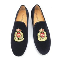 Wholesale 2016 New Style Men Velvet Shoes Fashion Men Loafers Handwork Embroidery Smoking Slippers Mens Flats Dress Shoes Plus Size