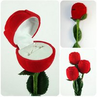 Wholesale Red Gift Boxes Fashion Rose with Branch Velvet Ring Box for Proposal Wedding Earring Pendant Jewelry Cases Display