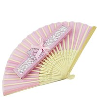 Silk bamboo hand bag - 50Pcs Customized Silk Wedding Fans With Gift Box Organza Bags Personalized Wedding Favors And Gifts For Guests regalos de boda