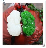 Wholesale Bai Yuyu the mythical wild animal pendant Spinach green jade jade lovers with the mythical wild animal to hang the mythical wild animal jade