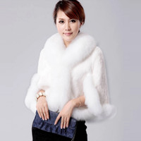 Wholesale 2017 Winter Wedding Outdoor Fur Wraps For Wedding Party Shawl For Bridesmaid White Color Faux Fur Wrap Black Capes