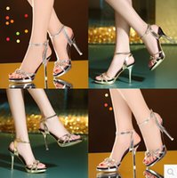 Wholesale 2016 new gold sequined high heeled sandals female summer fashion sexy fine with waterproof Rome diamond shoes tide