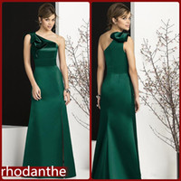 american made bridesmaid dresses - The new European and American wind bridesmaid dresses simple ruffle single shoulder length dresses and ground