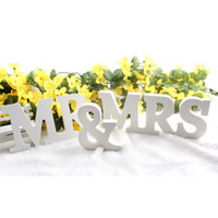 Wholesale Creative Wedding White Letter Signs Mr Mrs MR MRS for Wedding Party Table Top Decor and Photography Props