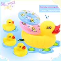 Wholesale kids toy new baby toys shower tools swimming player duck family life bouy set sounds children bathing player