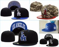 Wholesale pieces High quality Fitted hats for man and woman baseball caps sports fashion hip hop closed hats