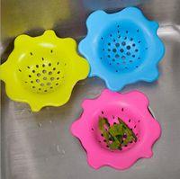 Wholesale Sink drain flower shape silicone sewer drain handle design hair bath floor filter sink strainer kitchen tool