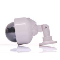 Wholesale Zonne energie Home Surveillance Beveiliging Dummy IR Simulatie Camera Waterdichte LED Knippert bewakingscamera s
