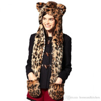Cheap Faux Fur bomber hat Warm Winter hats for women Animal Wolf Tiger Hood Scarf Hat Glove Set Ladies Girls Spirit Caps