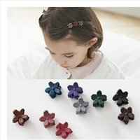 Wholesale Multy Colors Plastic flower Mini Hair Claw Clips Clamp for Kids girls hair accessorier