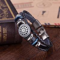 achat en gros de gravés bracelets en cuir femmes-Vente chaude main Braided Bracelet en cuir véritable Bracelet Hommes et femme Fashion Vintage bracelets Bracelets gravé Bijoux coréens