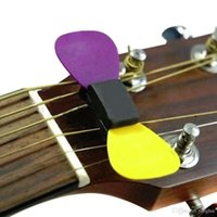 Wholesale Rubber with FREE Picks HeadStock Guitar Pick Holder H210426