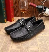 Wholesale Men Espadrilles Casual Driving Moccasins Italian Style Flats Wedding Dress Oxford Shoes Creepers Flat Shoes