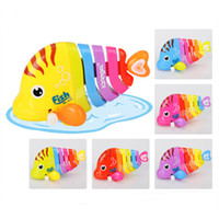 Wholesale Funny Jumps Baby Pull Back Toys Model Animals Robofish Clockwork Vintage Infant Safety Plastics Wind up Toy Shaking Robo Fish