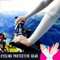 arm slimming - In the summer of Let s Slim UV drive cuff cycling gloves AQUA silk tee white men and women